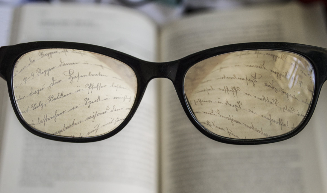 高度近视、干眼症……经常熬夜竟和这些眼病有关?