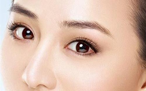 埋线双眼皮术后眼皮红肿该怎么办?