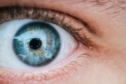 近视激光手术与ICL手术有何区别?
