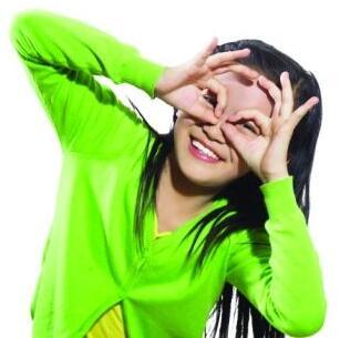 角膜塑形镜是改善孩子视力的更佳选择